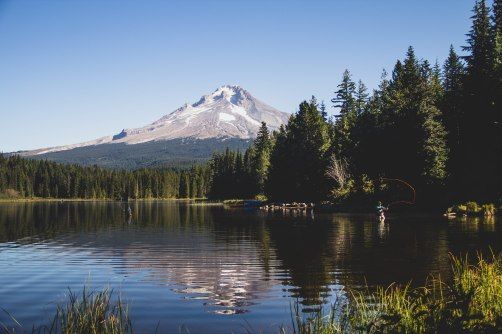 Trillium Lake of Mt. Hood